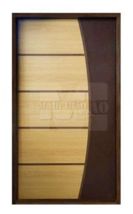 Portas de entrada em madeira maciça - Foto: 24